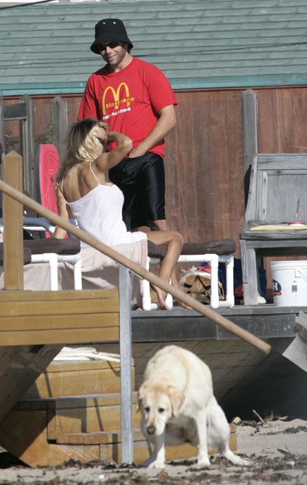 pam-anderson-blowjob-dog